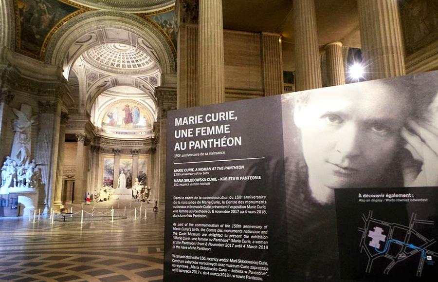 Scénographie de Raymond Sarti, Marie Curie, une femme au Panthéon